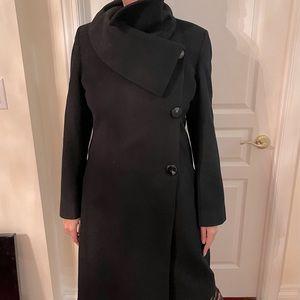 Elegant wool coat -oversized asymmetrical collar